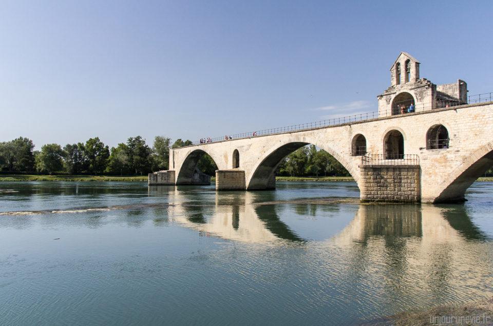Balade en Avignon : On y danse, on y danse…